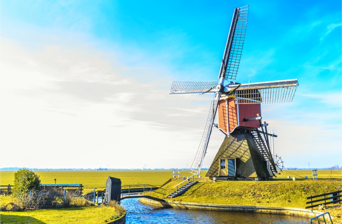 smock mill in dutch
