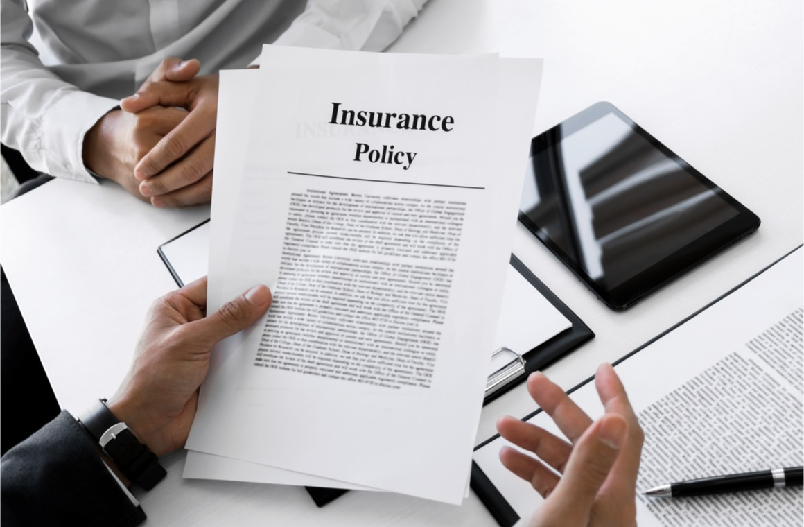 insurance agent explain consulting with customer
