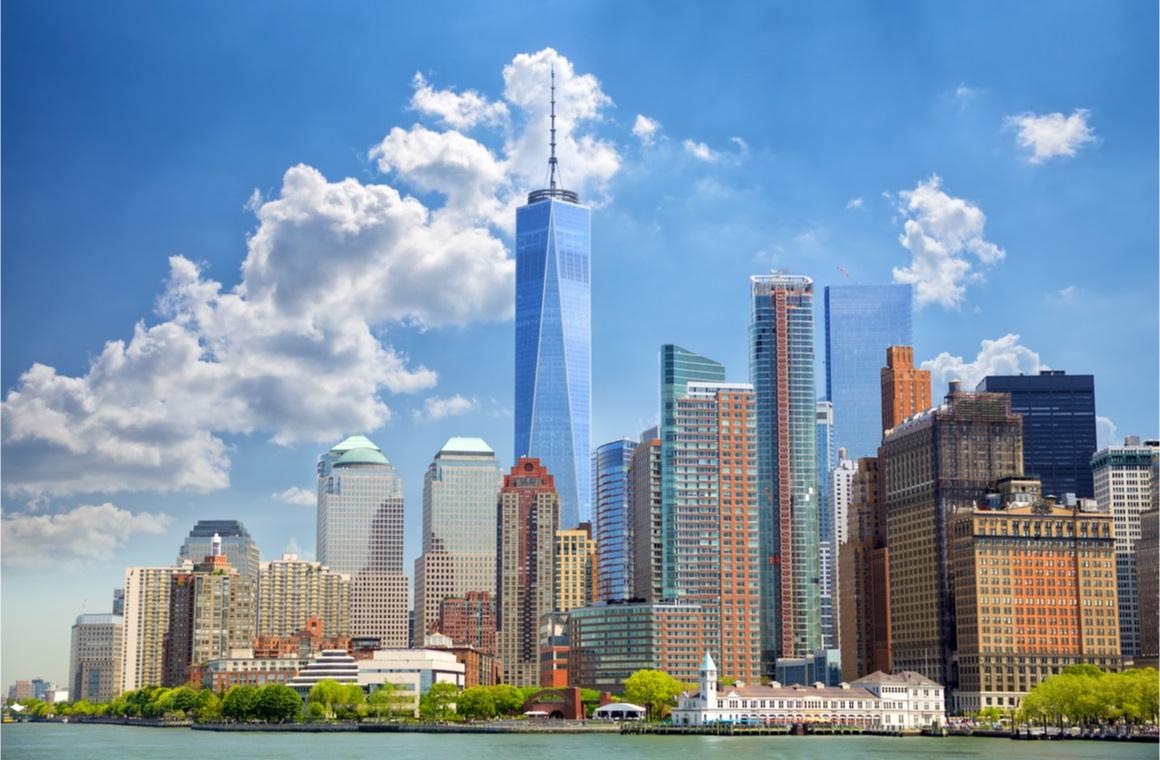 lower manhattan urban skyscrapers in new york city